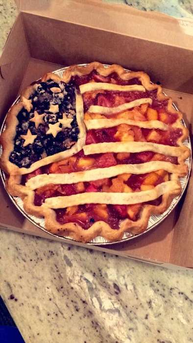 Patriotic Fruit Pies - Sunburst Pie Co. is Creating Edible Flag Pies for Independence Day 2017