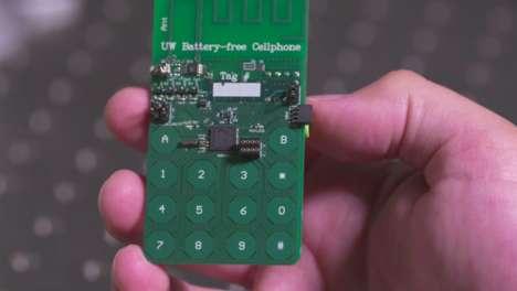 Batteryless Cellphones