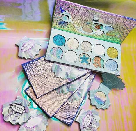 Mermaiden Highlighter Palettes - Bitter Lace Beauty's 'Mermaid Dreams Bundle' Has Shimmering Colors