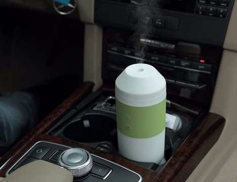 Car Cabin Oil Diffusers - The ZAQ Tour Aromatherapy Car Diffuser Improves Your Mood During Drives