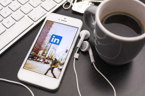Lightweight Networking Apps - The LinkedIn Lite App is Directed Towards Users With Less Data Access