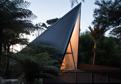 Chris Tate's Tent House is a Personal Retreat in the New Zealand Forests
