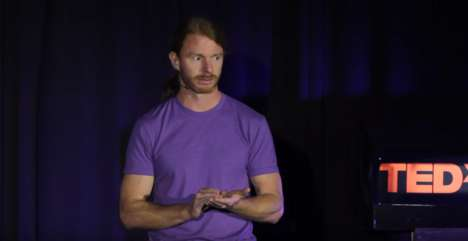 "Embracing Weirdness - In His Talk on Weirdness, JP Sears Targets the Problem with Being ""Normal"""