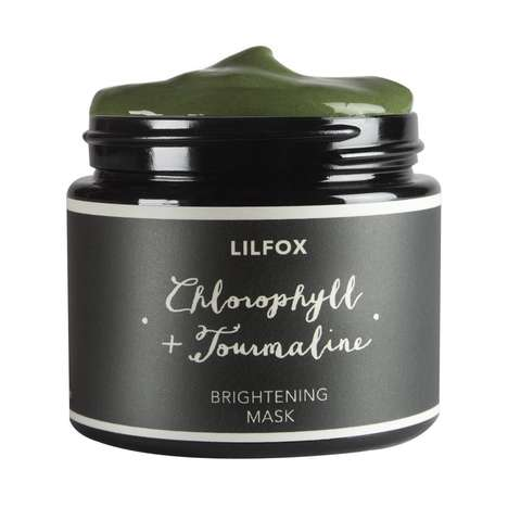 Crystal-Infused Algae Masks - LILFOX's Brightening Mask is Rich in Free Radical-Fighting Chlorophyll