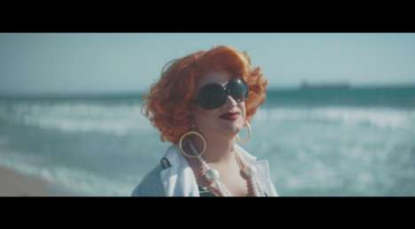Drag Queen Mattress Ads - muun's 'None Fits All' Ad Features RuPaul's Drag Race Star Jinkx Monsoon