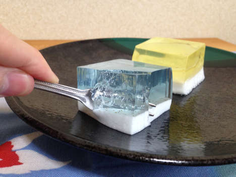 Gelatinous Dessert Cubes - Japan's Natural Lawson Convenience Store Sells Cube-Shaped Treats