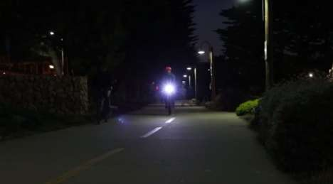 Motion-Detecting Bike Lights - The Vibe is a Smart Bike Light That Detects Pedaling