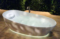 At-Home Floatation Tubs - Toto's 'Floatation Tub' Recreates Floatation Therapy at Home