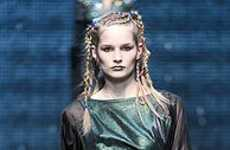 80's-Inspired Hairstyles - Braided Dreadlocks Are Topshop Unique Chic