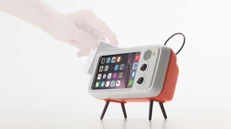 TV-Inspired Phone Stands - The Nostalgic Elago W3 Watch Dock is Reminiscent of a CRT Television