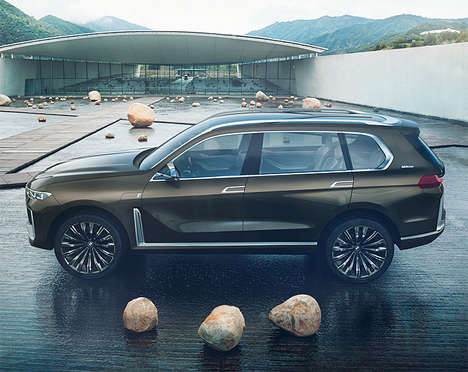 Triple-Row Tech-Laden SUVs - The BMW Concept X7 iPerformance Offers Exceptional Luxury and Style