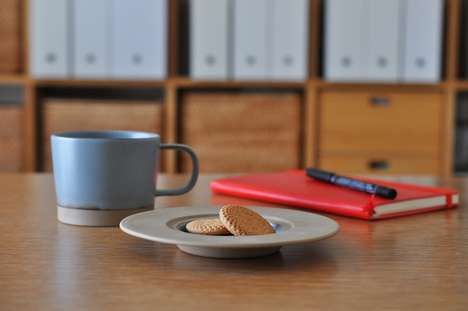 Hidden Coffee Cup Compartments - The Maruhi Cup and Saucer Offer a Secret Spot to Hide a Cookie