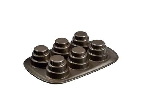 Layered Personal Cake Pans - This Pyrex Mini Cake Pan Efficiently Crafts Tiny Three-Tier Desserts