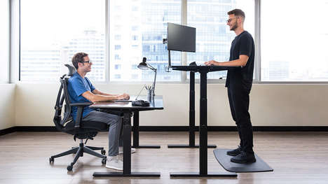 AI-Powered Standing Desks - The SmartDesk 3 Provides Health Feedback via a Built-in Tablet