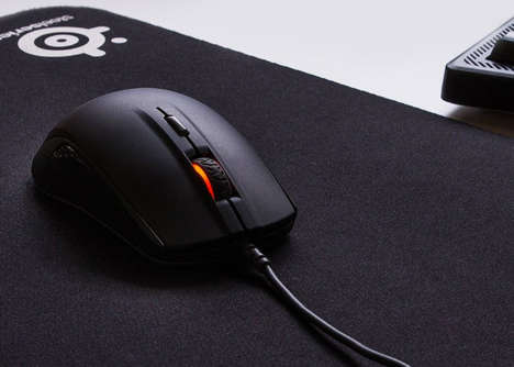 Ergonomic True Tracking Mouses - The SteelSeries Rival 110 Gaming Mouse Has TrueMove1 Technology