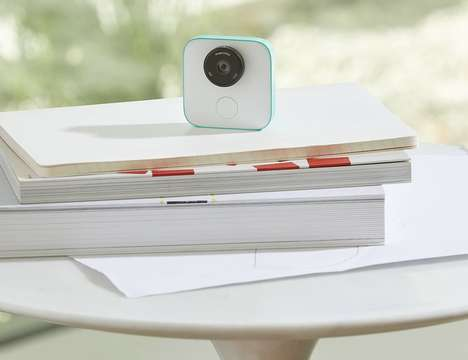 Familial Smart Home Cameras - The Google Clips Recognizes Faces and Important Dates