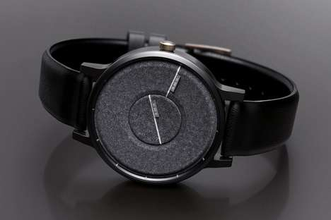 Discreet Texturized Timepieces - The Time Tag Watch Lets You Check the Watch by Feeling the Face