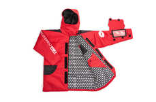 Pizza-Ordering Parkas - The 'Pizza Parka' Spotlights Innovations in Pizza Hut's New Delivery Pouch