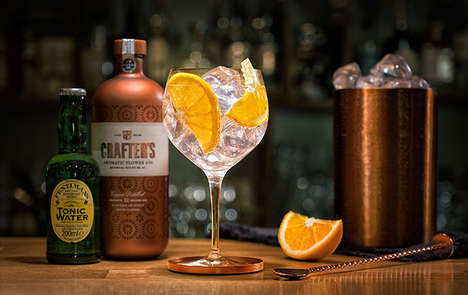 Transformative Gin Spirits - Crafter's 'Aromatic Flower Gin' Turns Pink with the Addition of Tonic