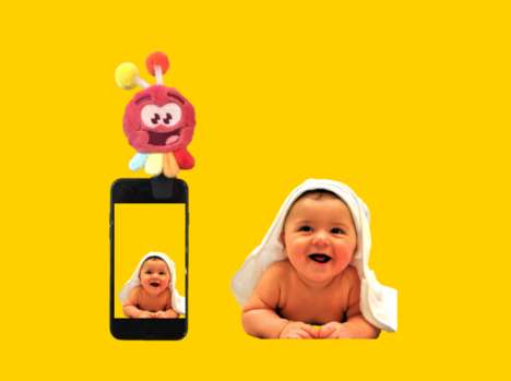 Smartphone Infant Attention Toys - The 'Lookalu' Smartphone Accessory Ensures Better Baby Photos