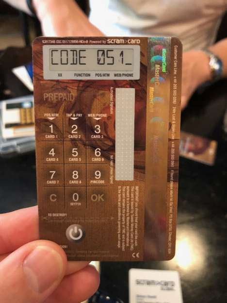 Computerized Payment Cards - 'Da Vinci Choice' is a Card with a Built-In Keyboard and Screen