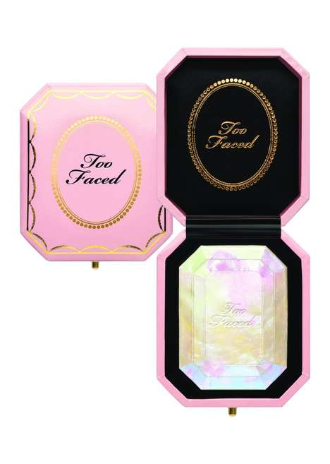 Luxurious Cocoa-Scented Cosmetics - Too Faced's 'Chocolate Gold' Line Boasts Beautiful Branding
