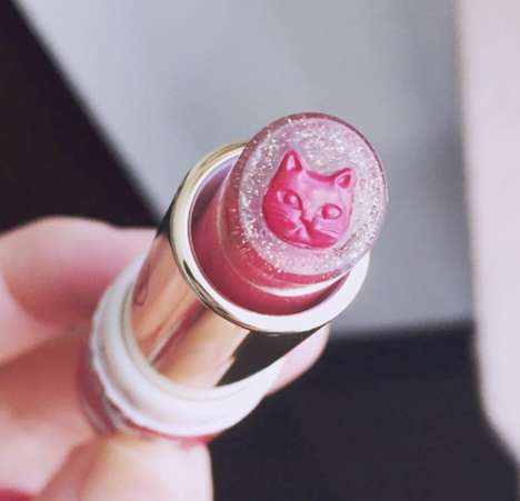 Shimmery Cat-Shaped Makeup