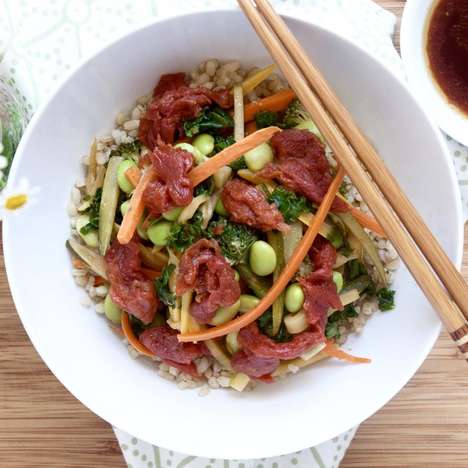 "Plant-Based Poke Bowls - Veestro Serves Vegan Poke Bowls with ""Meat"" from Ocean Hugger Foods"