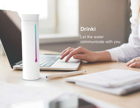 Temperature-Tracking Drink Containers
