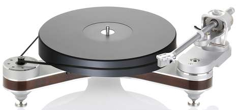 Premium Plywood Turntables - Clearaudio Used Plywood and Aluminum for Its Luxurious Turntable