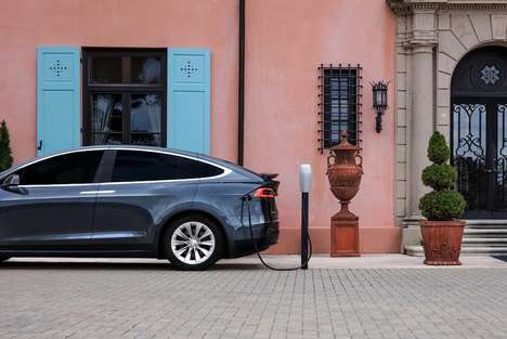 Electric Car Trip Planners - Tesla's Road Map Tool Highlights Charging Stations