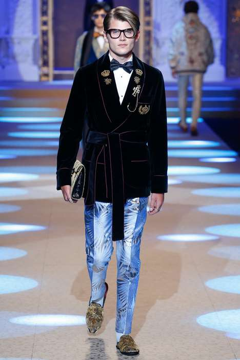 Ballroom Fashion Runways - Dolce & Gabbana Takes Its Latest Collection to Royal Heights