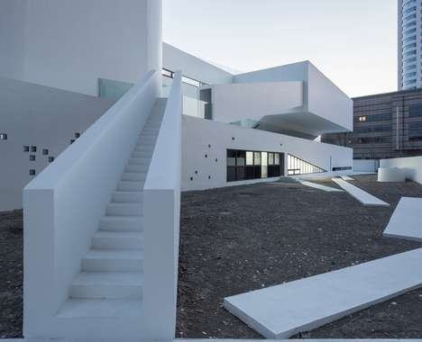 Stark Kindergarten Designs - Wujiachang Kindergarten Features Offers Choices and Contigencies