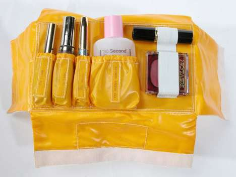Astronaut Make-Up Kits