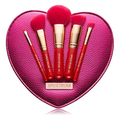 Spectrum Will Release a New Valentine's-Themed Brush Set