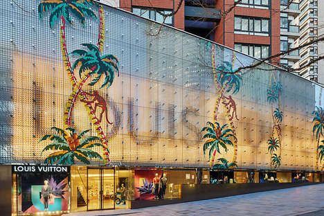 Palm Tree-Covered Boutiques