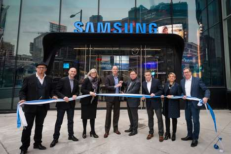 Samsung's Largest Canadian Store is Open at CF Toronto Eaton Centre
