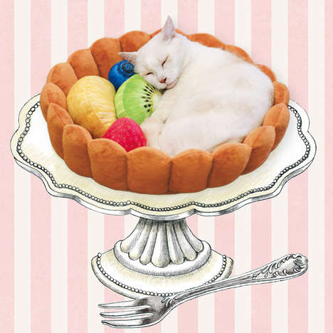 Dessert-Inspired Pet Beds - This Felissimo Pet Bed Turns Cats and Small Dogs into Pastries