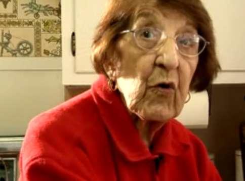 Elderly Yoga Masters: Bette Calman is an Inspirational 83