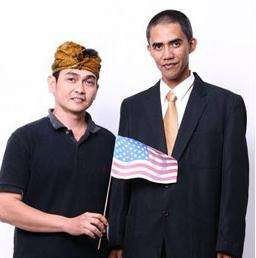 Look-a-Like Commercials - New Found Fame for Obama Double in Indonesia