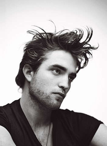 "Drug-Addled Acting - Robert Pattinson Tells GQ He Took Valium for ""Twilight"""