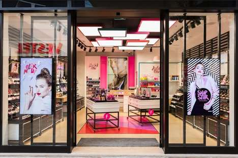 Youthful Cosmetic Stores - Flormar's Retail Space Embodies Friendly, Approachable Design