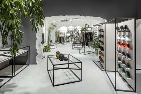 Wireframe Fashion Shops - Queens' Flagship Fashion Store Boasts Dynamic Product Displays