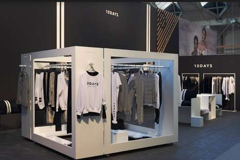 Flexible Fashion Displays