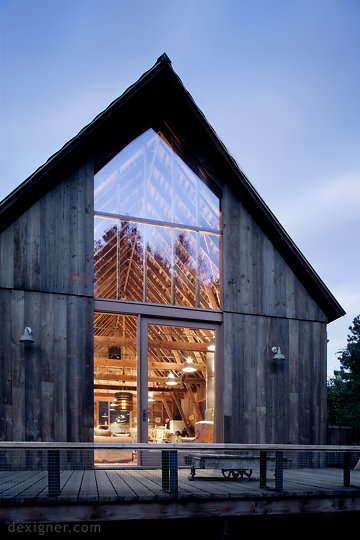 mwworks Renovated the Canyon Barn Into a Fully Functioning Home