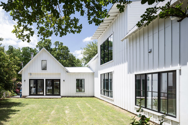 All White Houses All-white Modern Farmhouses