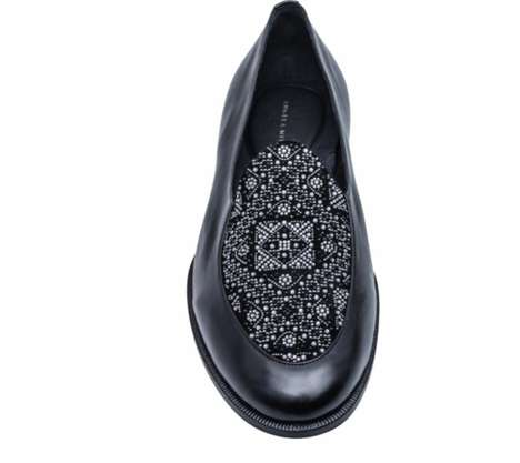 Luxurious Moroccan-Style Shoes