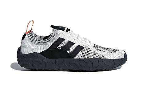Monochromatic Knit Hybrid Shoes