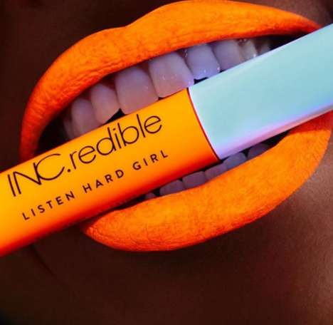 UV Reactive Lip Coloring