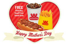 Promotional Chili Dog Meals - Wienerschnitzel's Free Chili Dog Meal Celebrates Mother's Day